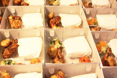 nasi box ayam bakar Jakarta