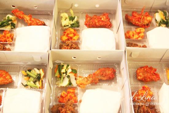 nasi box ayam bakar empal gepuk