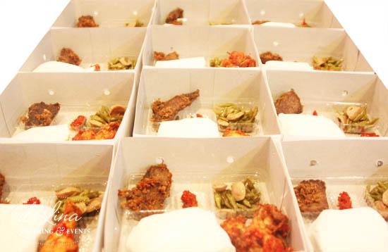 nasi box ayam balado empal gepuk
