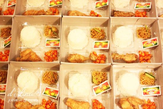 nasi kotak ayam goreng