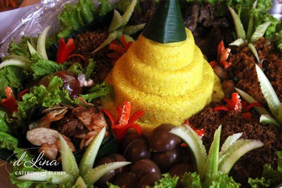 jual-tumpeng-dlina-catering