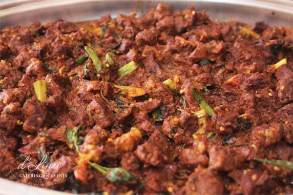 daging-woku-kaya-rempah-pedas-dlina-catering